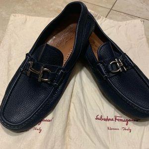 Mocassin shoes